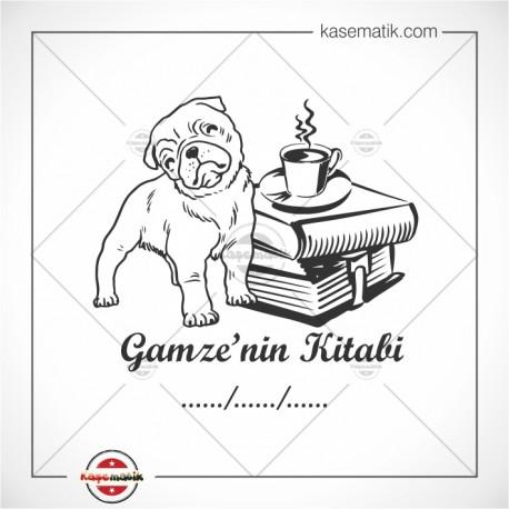 K 176 Kahve Kitap Ve Sevimli Köpek