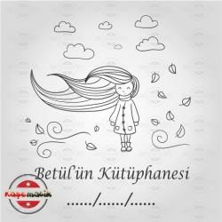 K 31 Rüzgarda Saçlarını Savuran Kız